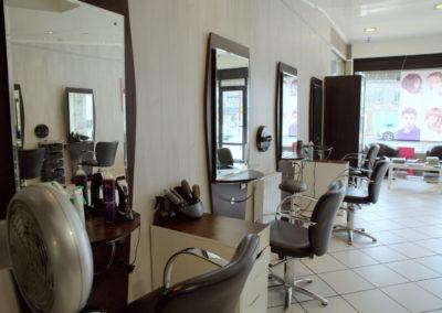 Salon-Coiffure-La-Boîte-à-Tifs-Guilers-2-400x284